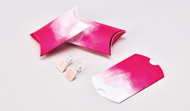 pillow boxes wholesale and retail use