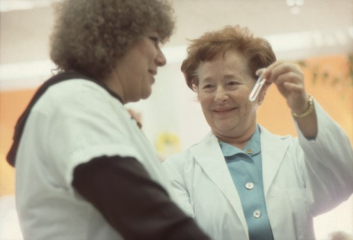 Prof. Elion with an employee at her lab in Research Triangle Park