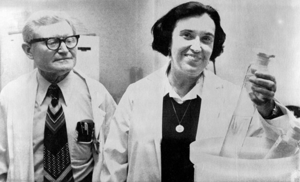 Prof. Yalow with her research partner Prof. Solomon Berson