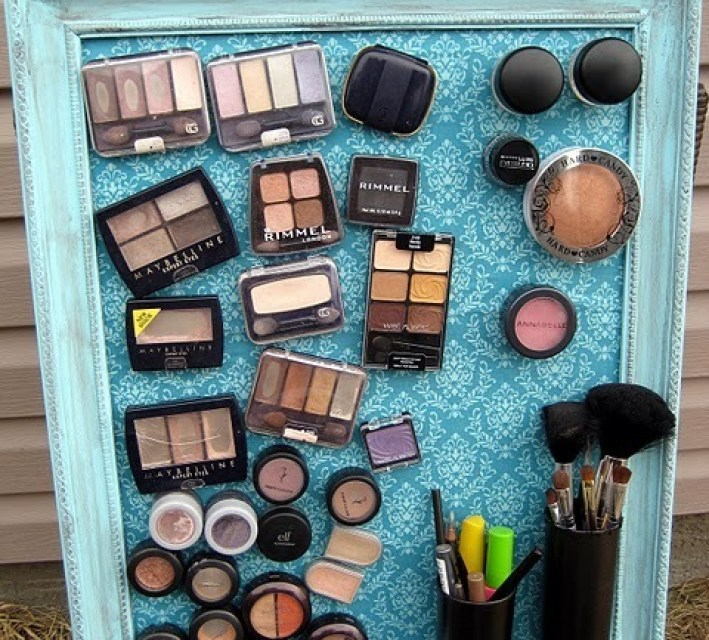 How to Make Magnet Makeup Board