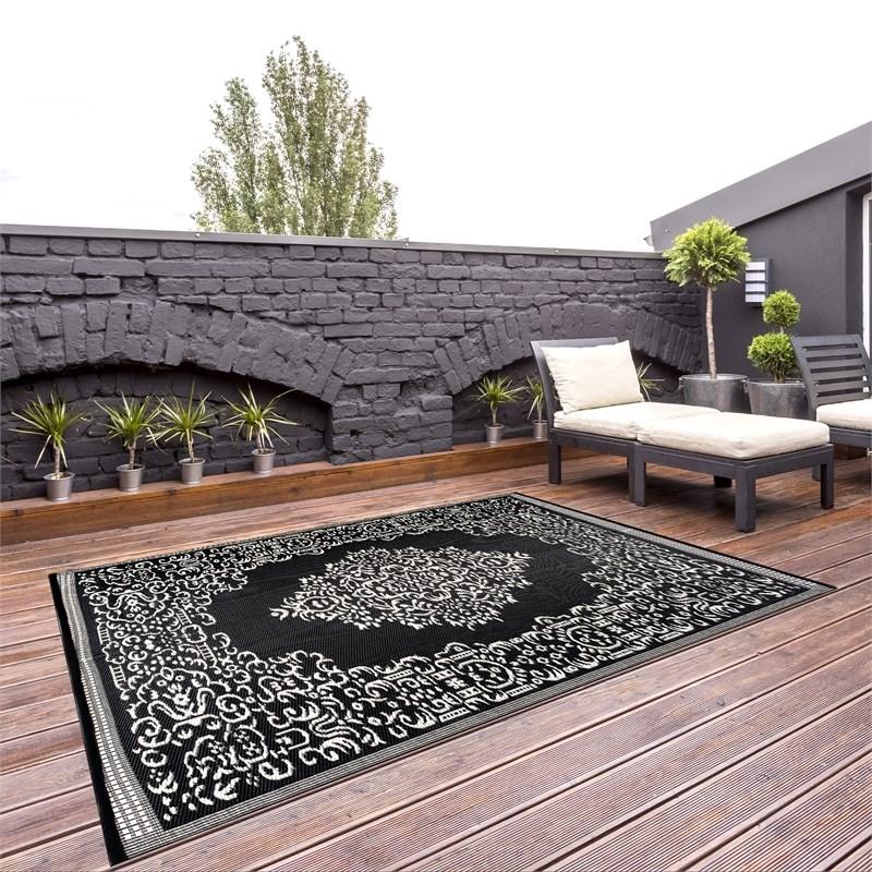 outdoor reversible area rug 5 9 x 8 9 oriental design black white