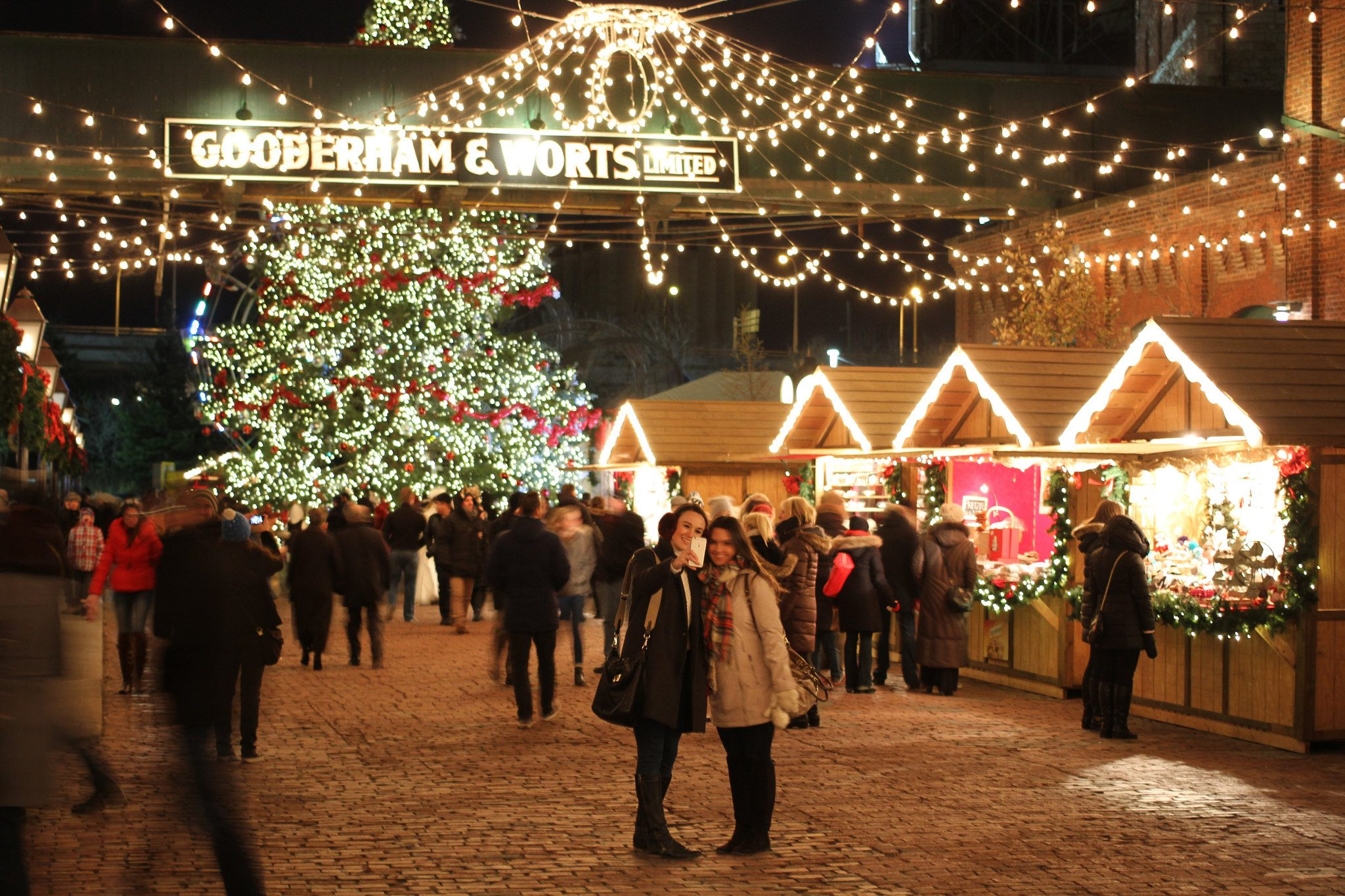 9 Best Cities To Spend Christmas In Canada