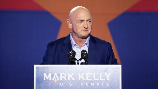 https___cdn.cnn.com_cnnnext_dam_assets_201106112420-mark-kelly-az-1103.jpg