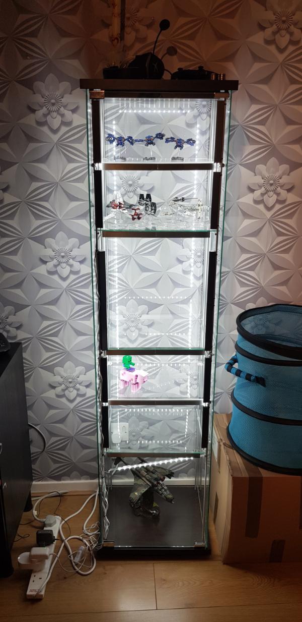 display detolf shelves clear
