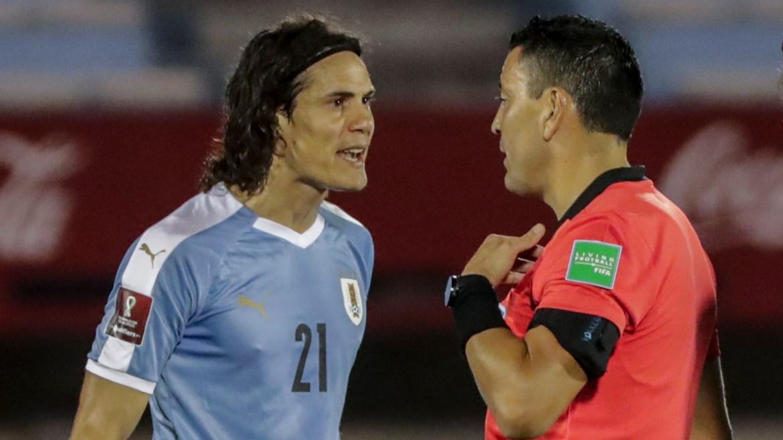 Man Utd star Cavani sent off for dangerous challenge on Richarlison while  playing for Uruguay | Goal.com