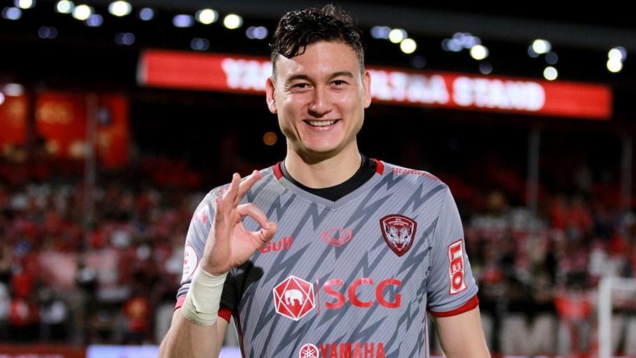 Văn Lâm hưởng lương đáng mơ ước ở Muangthong United, trở thành thủ môn đắt nhất lịch sử Thai League | Goal.com