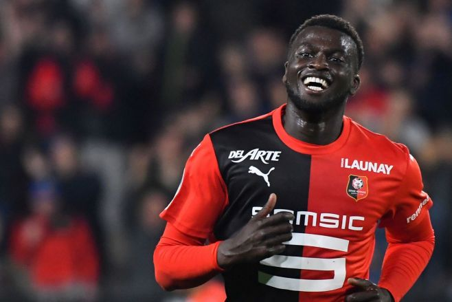 Niang happy to continue playing with Rennes amid Celtic interest