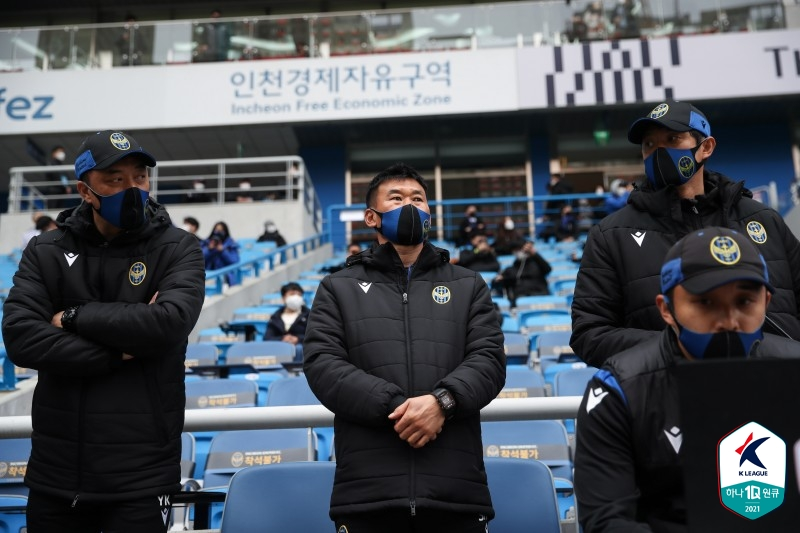 """[GOAL LIVE] '승장'성성환 감독 """"이번 시즌 팬들이 기대하는 건 좋다!"""""""