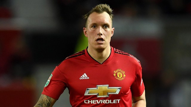 Berita Manchester United - Phil Jones Tak Sabar Lawan Paris Saint ...