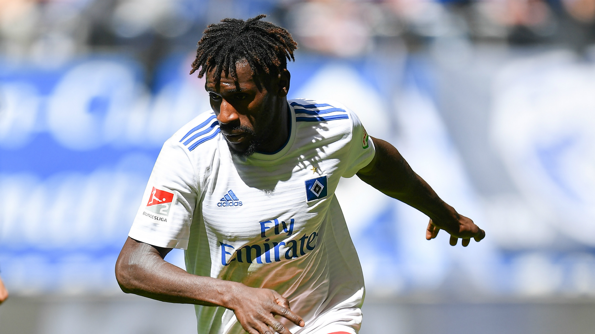 Local prosecutors are still investigating SV Hamburg player Bakaray Jatta on suspicion of having lied about his identity when he fled from Gambia to Germany. The 22-year-old Jatta is suspected to be Bakary Daffeh, a footballer who is two years older. The player has dismissed the allegations, and Hamburg and Bremen authorities ended a probe […]