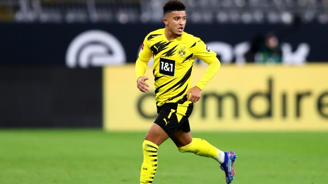 Sancho poor form may be due to Man Utd transfer speculation, claims Dortmund  boss Favre | Goal.com