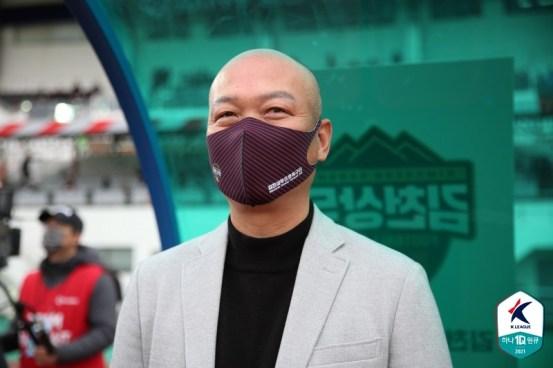 """[GOAL LIVE] '드로'김태완 감독,""""제로 포인트 만족, 더 발전하겠다"""""""