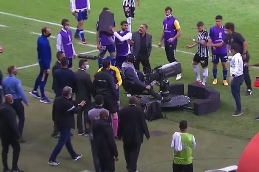 Otra vez el VAR! Los memes de Atlético Mineiro - Boca por la Libertadores   Goal.com