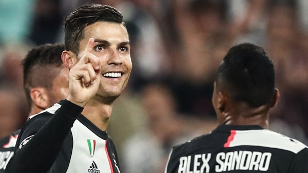 Juventus 3-0 Bayer Leverkusen: Cristiano Ronaldo equals yet another Champions League record with goal | Goal.com
