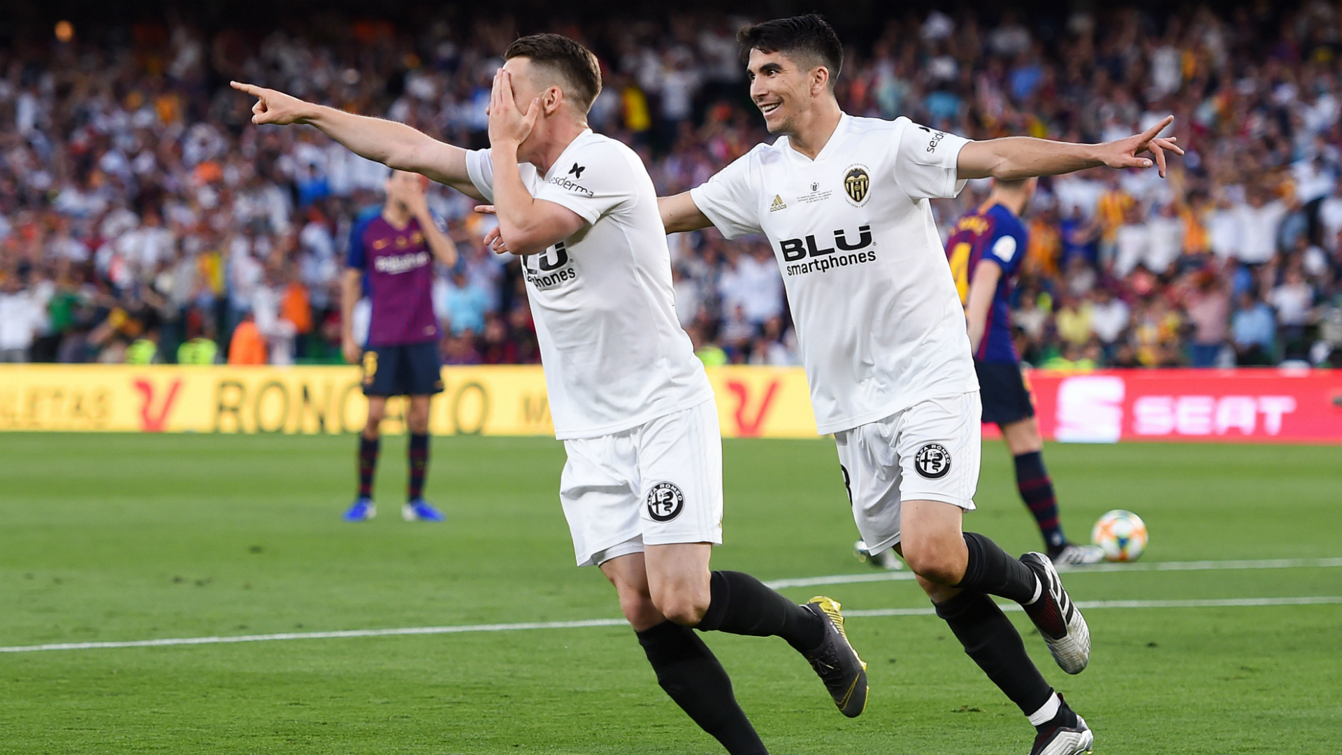 Leganes lived to fight another day in La Liga, riding their luck in a 1-0 win at home to Valencia on Sunday. This was after they played most of the second half with 10 men and saw their opponents squander a penalty kick. Midfielder Ruben Perez put the Madrid minnows in front in the 18th […]