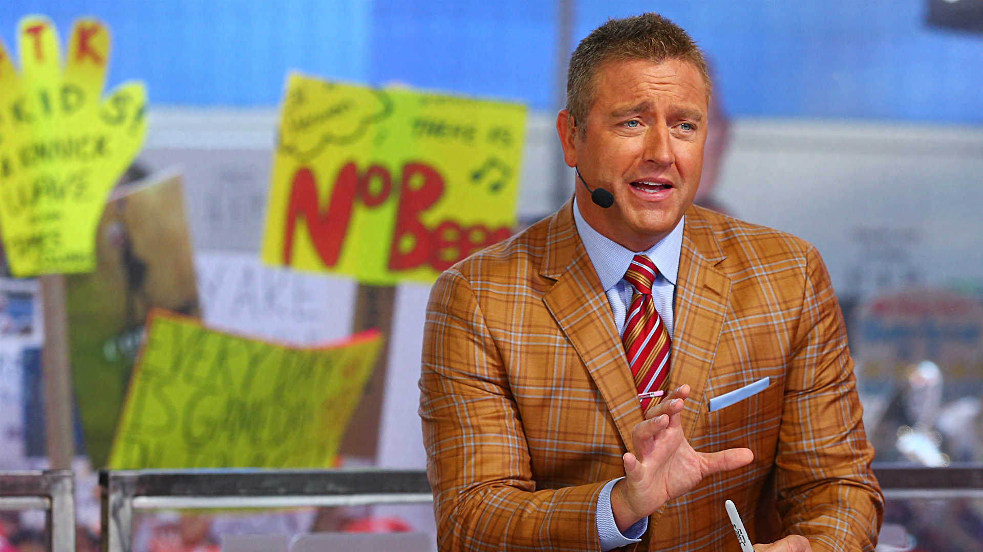 Photo of Kirk Herbstreit and Chris Fowler could call NFL 'Monday Night Football' games this fall