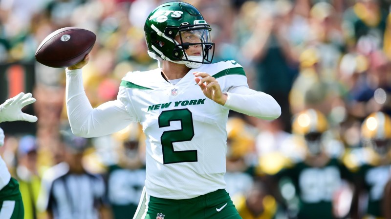 Aaron Rodgers and the NFL give Zach Wilson, Jets, high praise He impresses on Twitter vs. Packers