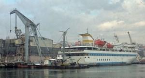 Die Mavi Marmara im Goldenen Horn, Dezember 2013