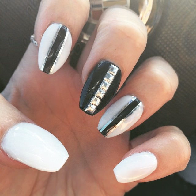 White Cute Design Nails Water Nail Polish