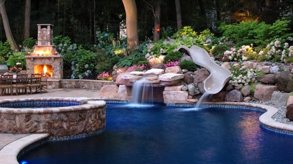 Best Backyard Landscape Designs