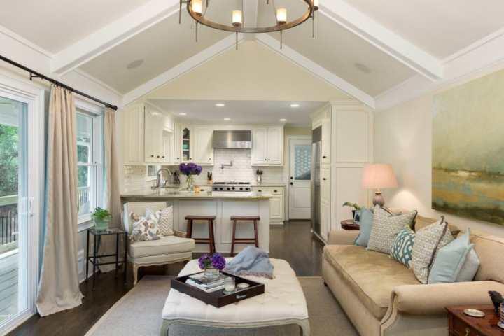 how to decorate a square living room   Conceptstructuresllc.com