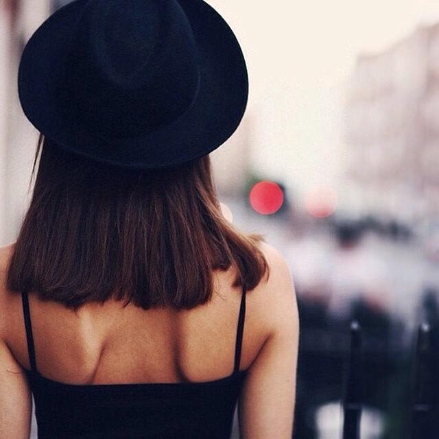 28 Latest Medium Haircuts For Women Design Trends