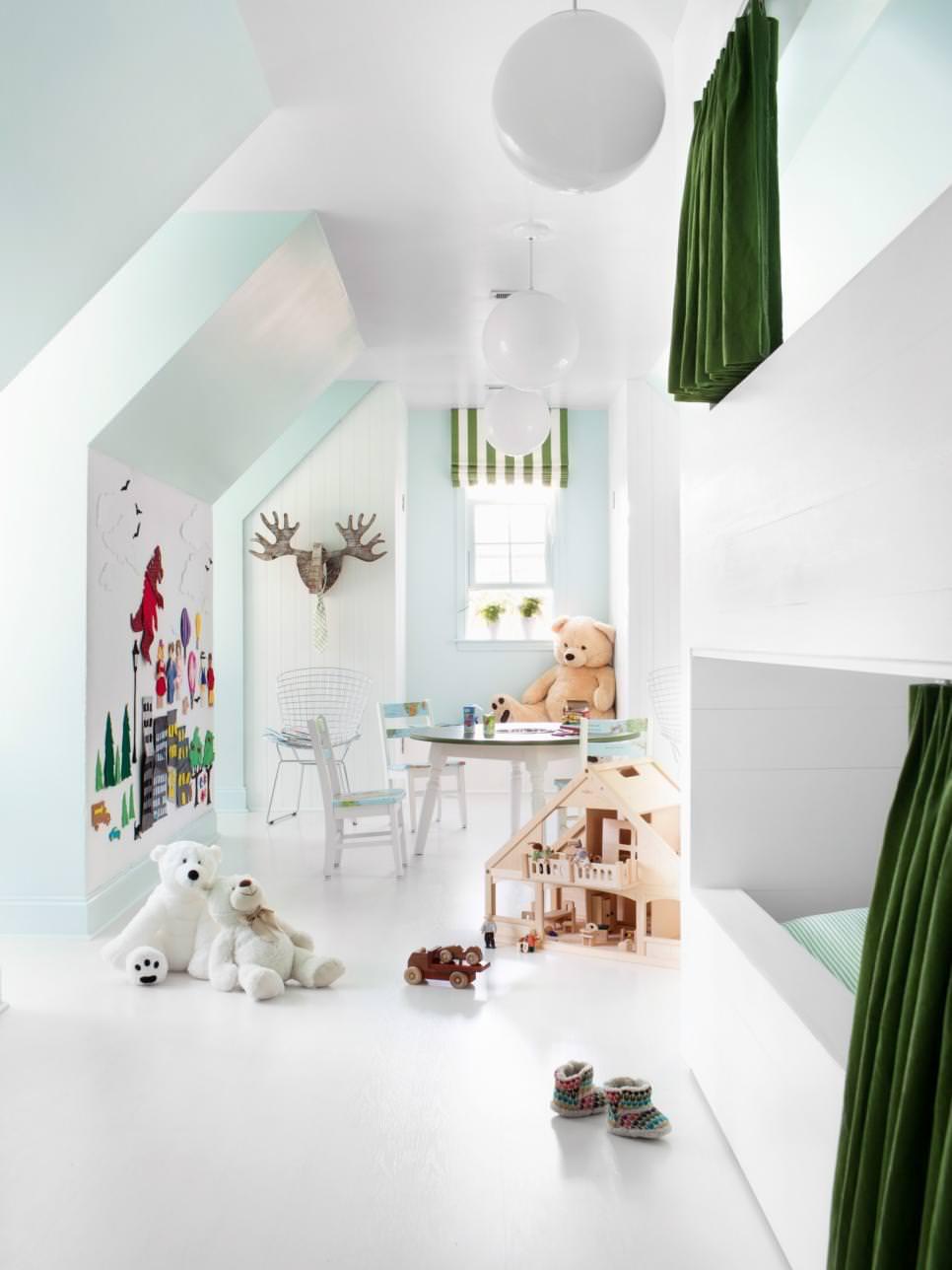 23 Decorated Attic Home Designs Decorating Ideas