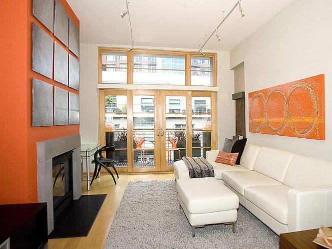 Cly Narrow Living Room Design