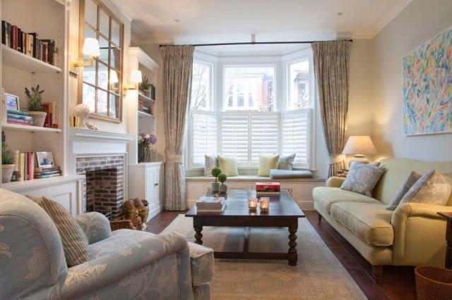 19+ Small Formal Living Room Designs, Decorating Ideas ...