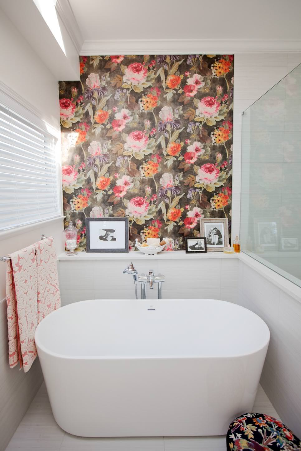 Bathroom Floral Decor