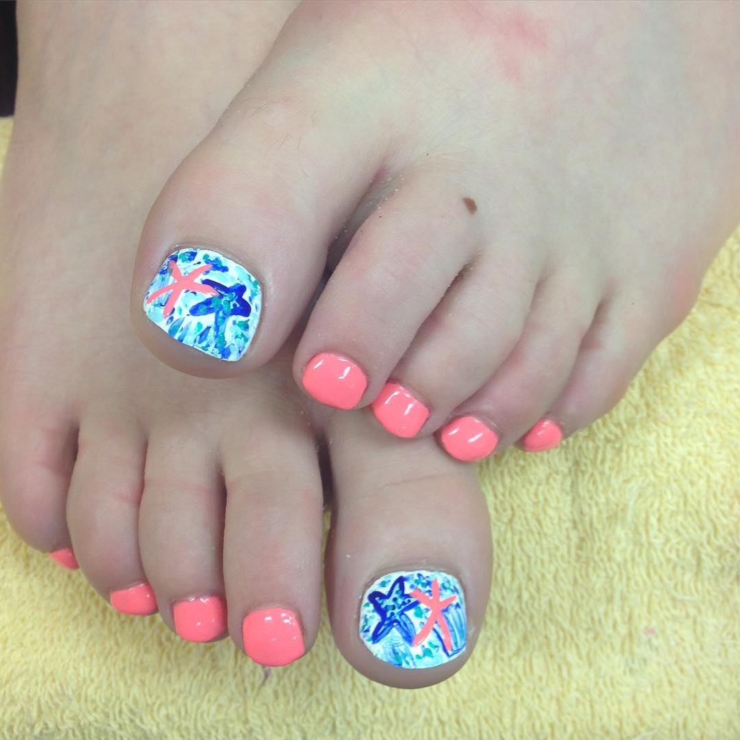 View Images Summer Toe Nail Art Designs