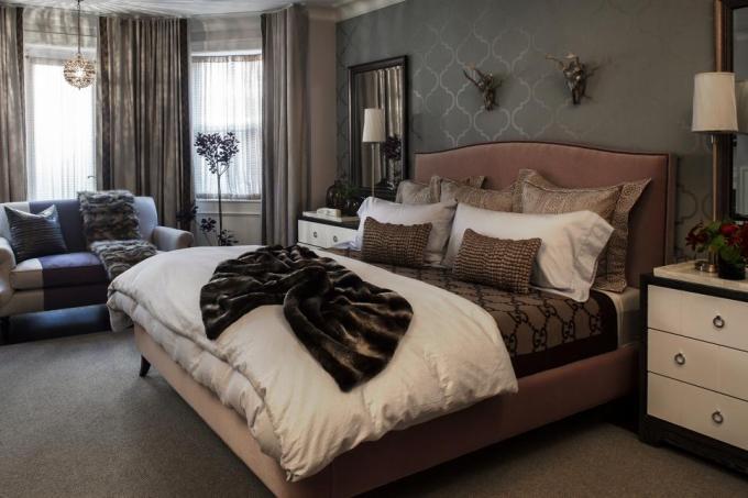 Comfortable Master Bedroom In Classic Look