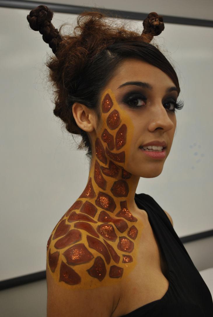 13 Giraffe Makeup Designs Trends Ideas Design Trends