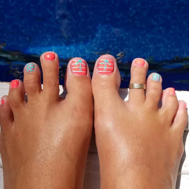 Beach Anchor Toe Nail Design