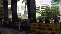 Puluhan Warga Rumah Susun Berdemo, Desak KPK Periksa Pengembang Nakal