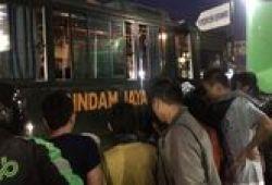 Rindam Jaya: Bus Tabrak Mobil Boks Di Condet Karena Menghindari Motor