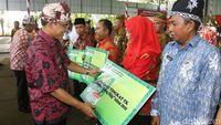Wujudkan Banyuwangi Bersih, Bupati Anas Beri Penghargaan Toilet Terbersih