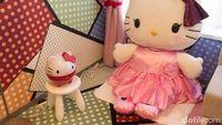 Boneka Hello Kitty raksasa! (Randy/detikTravel)