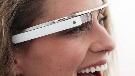 Teknologi Masa Depan Versi Google (Google Glass)