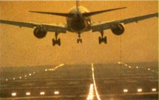https://i2.wp.com/images.detik.com/content/2013/12/16/1036/141617_pesawat.jpg
