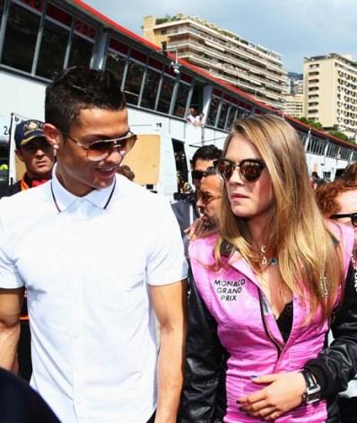 Foto Seksinya Cara Delevingne Kekasih Baru Cristiano Ronaldo