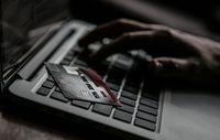Belajar dari Pembobolan Akun e-Banking di Indonesia