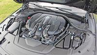 BMW Kini Pakai Teknologi Mobil Tercepat Dunia
