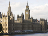 BBC to beam election results on Big Ben