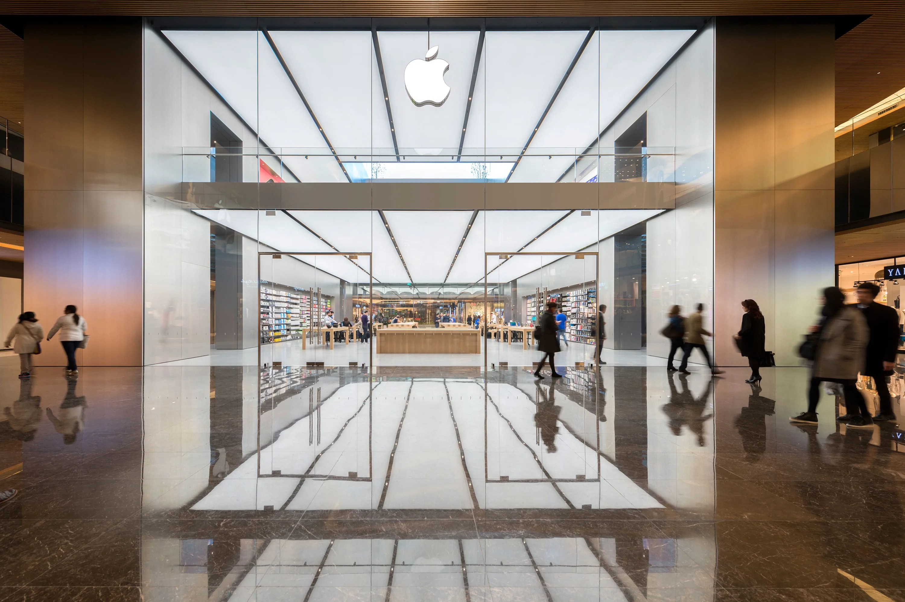 Foster   Partners  Nigel Young      Apple Store Zorlu      Divisare Foster   Partners  Nigel Young      Apple Store Zorlu