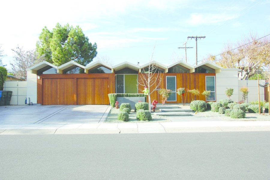 Never Before Seen Images of Iconic Midcentury Modern Eichler Homes     Never Before Seen Images of Iconic Midcentury Modern Eichler Homes