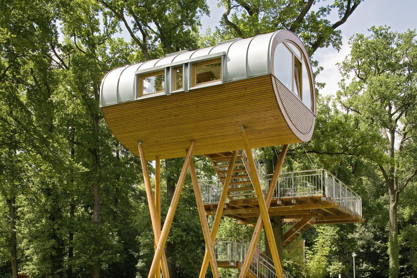 Prefab Tree Houses By Baumraum Dwell