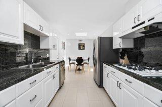 Best 60 Modern Kitchen Granite Counters White Cabinets Design Photos Dwell