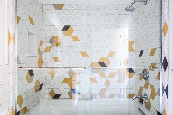 modern bathroom mosaic tile walls