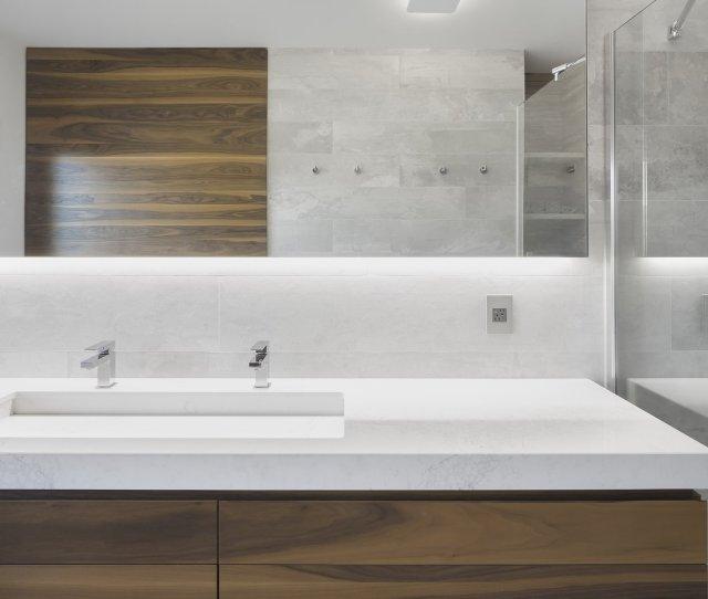 Bath Room Undermount Sink Ceiling Lighting And Wall Lighting In Modern Bathroom Vanities